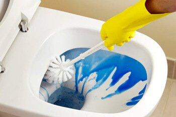 طريقة تنظيف المرحاض شركة الرائد للتنظيف والنقل